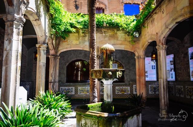 Barcelona Hidden Plaza
