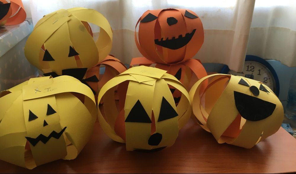 Halloween Crafts in the ESL Classroom