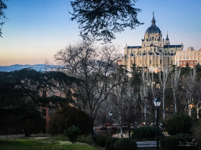 Catedral Almudena de Madrid, as seen from Plaza las Vistillas